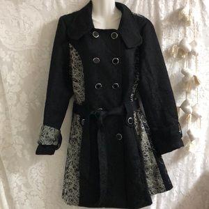 Papillon trench/coat black & white sz XL